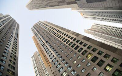 Soluções de sistemas para reforçar a segurança em apartamentos